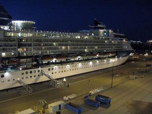 ship_docked.jpg